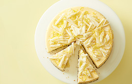 Lemon and Gingernut Cheesecake
