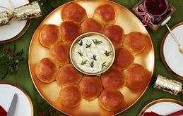 Roasted Garlic 'Pull Apart' Wreath with Camembert