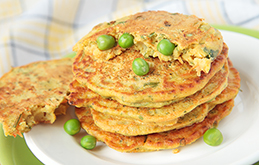 Cheesy Pea and Bacon Fritters