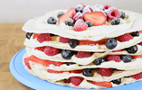 Berry Wrap Cake with Lemon Filling