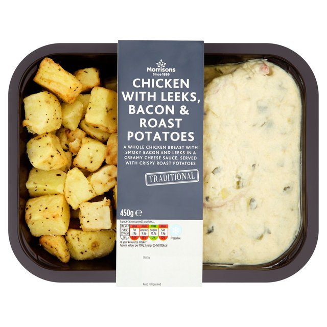 Morrisons: M Kitchen Chicken with Leeks, Bacon & Roast Potatoes 450g ...