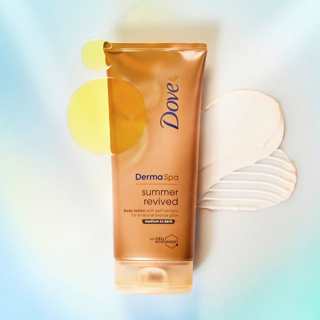 Dove DermaSpa Summer Revived Medium to Dark Gradual Self Tan