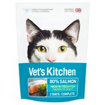 Vet's Kitchen Sensitive Digestion Salmon Ultrafresh Complete Dry Cat Food