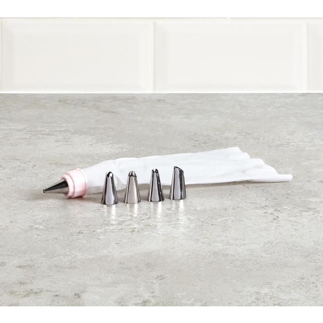 Morrisons Icing Bag With Nozzles